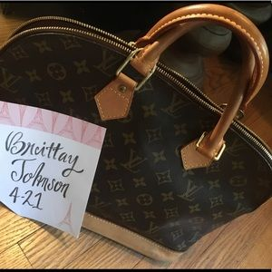 Louis Vuitton Alma Handbag 💯% authentic